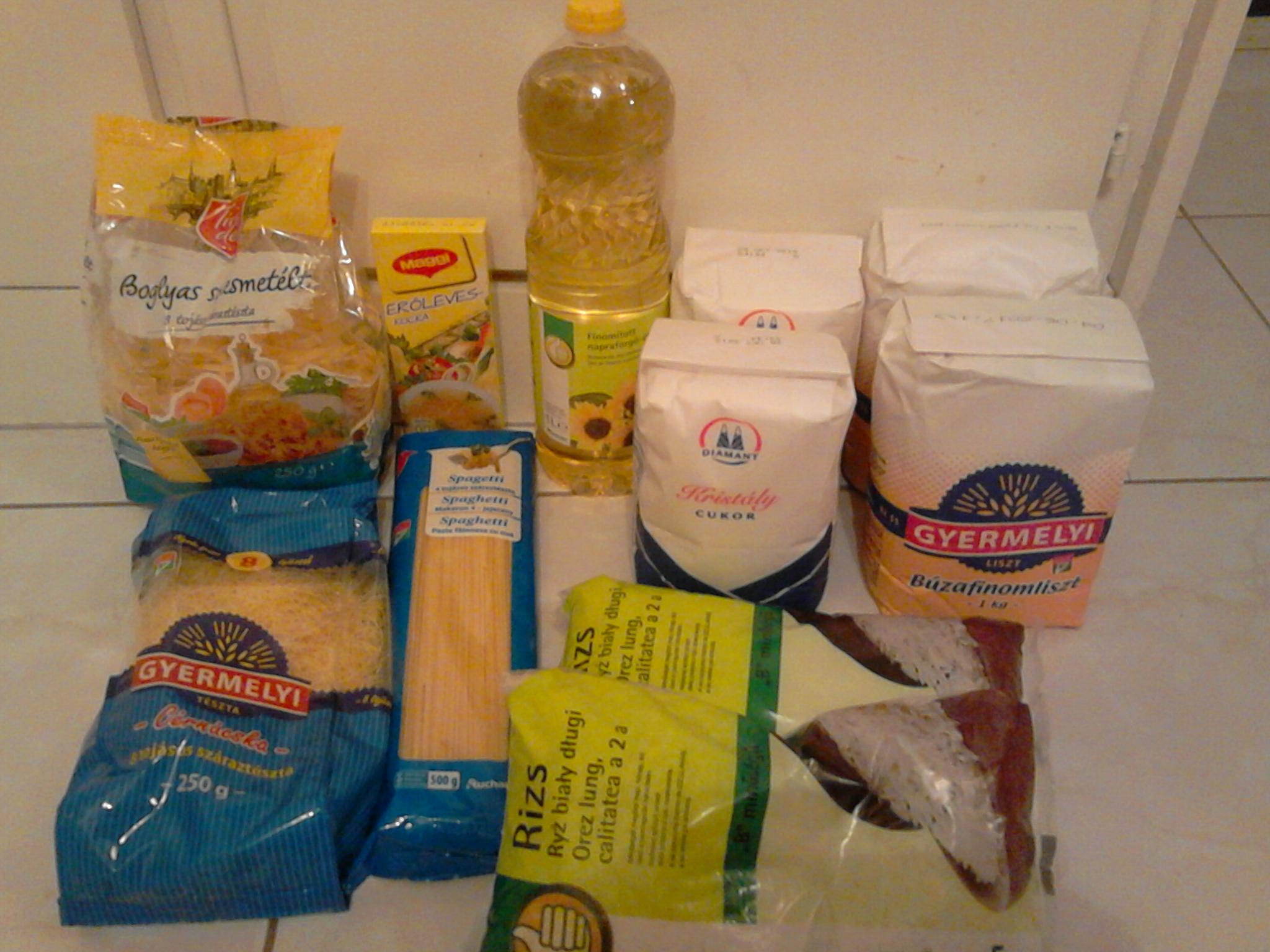 Élelmiszercsomagot igényelhetnek a 70. életévüket betöltött kerületiek